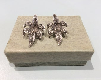 1950's Sparkle Flower Clip on Earrings