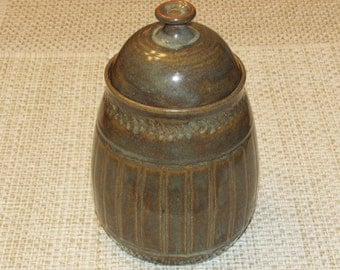 Pottery Covered Jar/Storage Container/Covered Canister/ Wheel Thrown/ Hand Made/Signed and Stamped