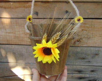 Rustic Flower Girl Basket with Sunflower,Sunflower Wedding,Rustic Basket,Sunflower Bucket,Rustic Wedding Decor,Flower girl,Wedding Basket