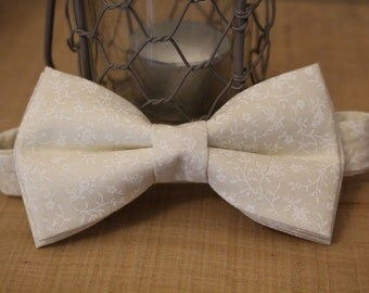 Gentleman's Bow tie (Ivory and White print)