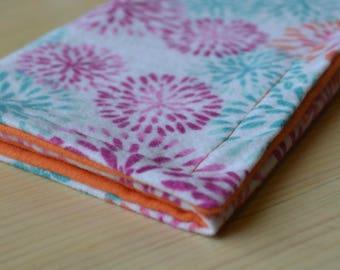 Flower Burp Cloth: flannel burp cloth, mums, baby gift, baby shower gift, baby girl gift, baby boy gift, gender-neutral baby gift, spit rag