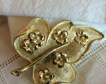 Goldtone Leaf w/ Flowers Brooch