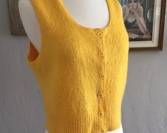 Vtg Yellow Goldenrod Knit Vest / Top size Medium to Large