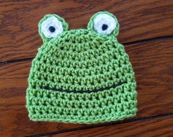 Crochet Frog Beanie Hat for Newborn Photo prop, Baby Shower gift