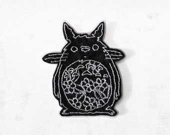 Totoro flowers hand embroidered patch