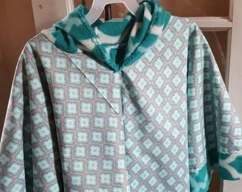 "Girls ""Kyli""  Poncho Cloak Fleece lined Hooded"