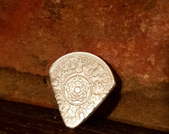 1966 two shilling plectrum / pic