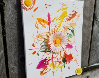 Melted Crayon Flowers | Crayon Drip | Crayon Art | Crayola | Flowers | Canvas Crayons