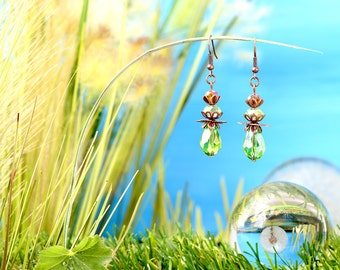 Fairies Dewdrops - earrings / / polished glass beads, faceted beads / drops / green / copper / lovely / fantasy / dreamy / noble