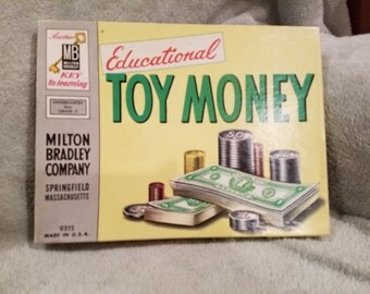 Vintage Milton Bradley Toy Money (No.9315)