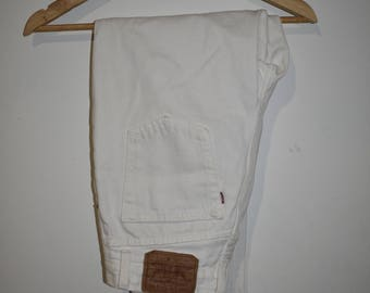 Womens white high waisted Levi jeans