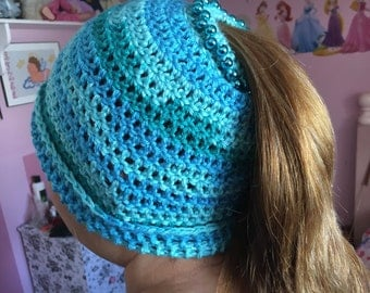 Knitted hat, wool