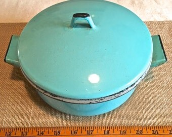 Vintage Turquoise-Robin Blue Enameled Cookware, Pot with Lid