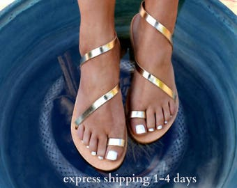 CLEOPATRA 2  ancient Greek leather sandals/  classic leather sandals/ handmade sandals/ strappy sandals/ gold  sandals/ toe ring sandals