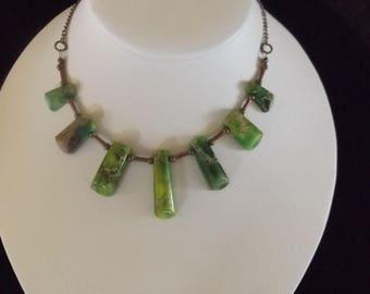 Green Stone Column Necklace
