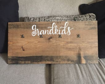 Grandkids hand lettered wooden picture frame, hinge clip photo block