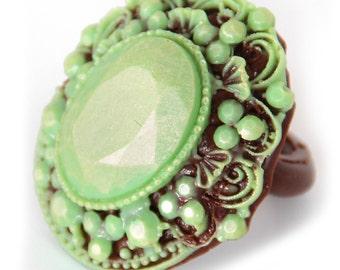 """Chocolate figure """"THE RING"""" /Handmade Gift/Handmade Cift/ Ladies Gift/Mum/Nan/Sister/Birthday/Engagement"""