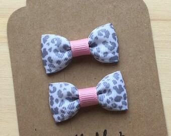 Leopard print mini bow, Mini Tuxedo Hair Bows, baby & toddler hair clip, mini bow
