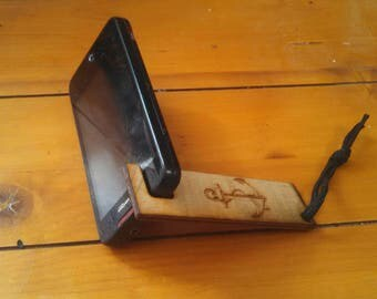 Nautical cell phone or tablet kick stand