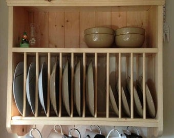 Wall Mounted Traditional Solid Pine Plate Rack