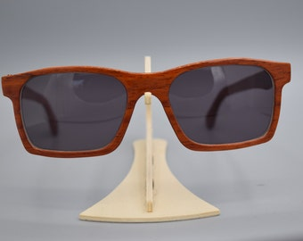Vito model. a court classic, elegnte by your own wood natural tone.