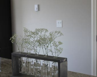 Stained Vase Holder with Vases