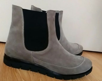 Chelsea womens boots