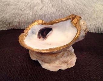 Gold Decorative Oyster Shell