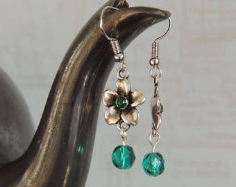 Flower Earrings with petrol Kistallen