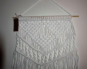 Macrame Wall Hanger - Curl