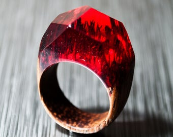Red ring made of Wood and Resin Cocktail ring Handmade ring Geometric art Floral ring Statement ring Individual Wooden ring epoxy resin