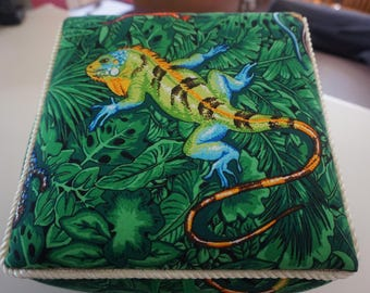 Lizards Fabric Box