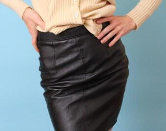 80s 90s Leather high waisted mini skirt