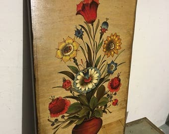 Flower picture on wood in the ancient style