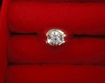 Mens Diamond Solitaire ring