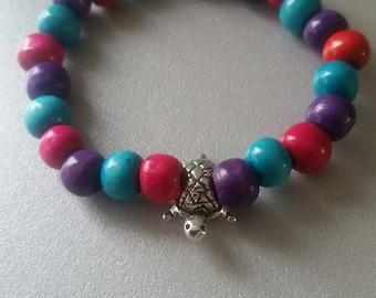 Bracelet turtle charm elastic and multicolored beads
