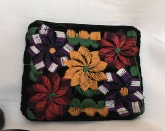 Deeply Floral Embroidered handmade purse//handcrafted//female artisans//Chiapas