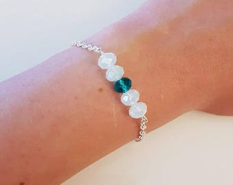 Silver chain bracelet and Pearl blue and white