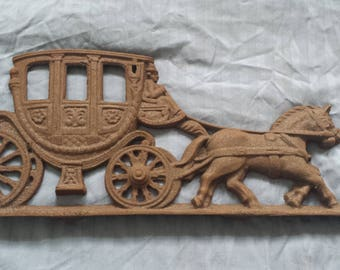 Vintage Cast Iron Stage Coach Wagon Wheel Western Horse Cowboy Wall Hanging Decor