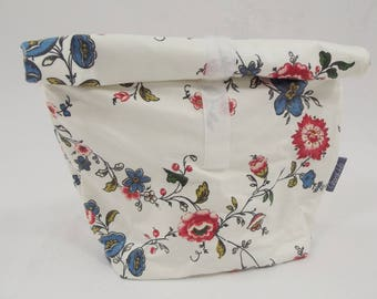 Wax cloth bag made from water repellent and waterproof oilcloth ideal for wet swimwear, breakfast or cosmetics