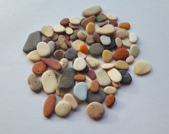 80 mini rollers and flat and colored stones lot