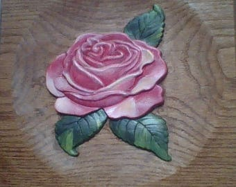 Wood carved Rose in pink. The perfect gift for someone special.