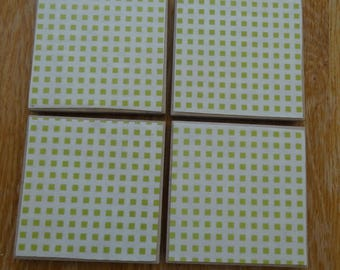 Set of 4 tile coasters, green and white checks