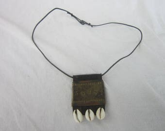 Vintage Retro African Skin & Shell Necklace Tooled Brass