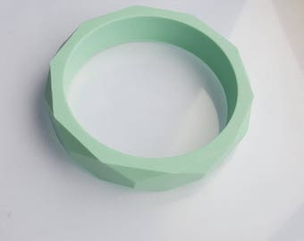 Mint Silicone teething fiddle bangle