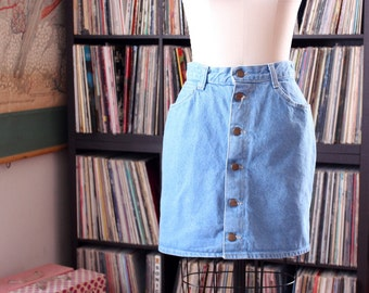 """vintage 80s stone washed denim mini skirt . button down front jean skirt by Fredericks of Hollywood 29""""/30"""" waist"""