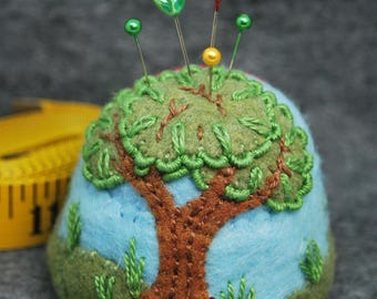FREE SHIP Scenic landscape bottlecap pincushion made to order