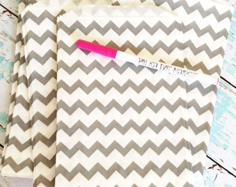 """FREE SHIPPING 50 Silver Gray Chevron Middy Paper Favor Sacks for DIY Party or Etsy Shop Packaging, 5"""" x 7"""" size"""