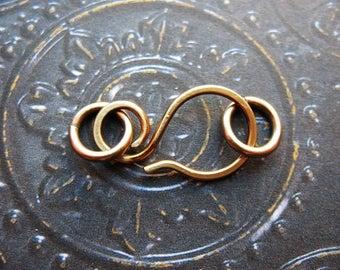 Hammered Antiqued Brass Hook Clasp - 1 - 25mm 16 gauge Hook Clasp