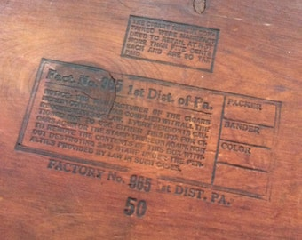 Primitive wooden box,Wood cedar box,Vintage wooden cigar box,Factory No. 8, 1st District PA.,Old cigar box
